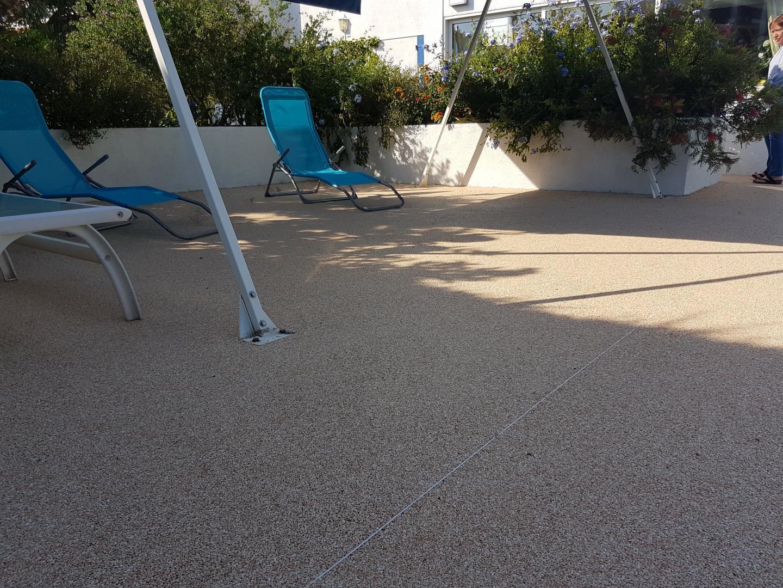 Aménagement plage de piscine Perpignan, Villeneuve-de-la ...