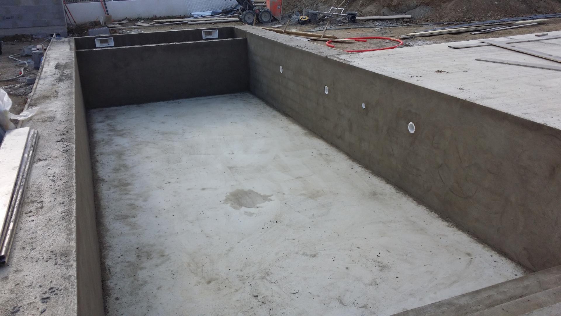 construction piscine bton villeneuve de la raho